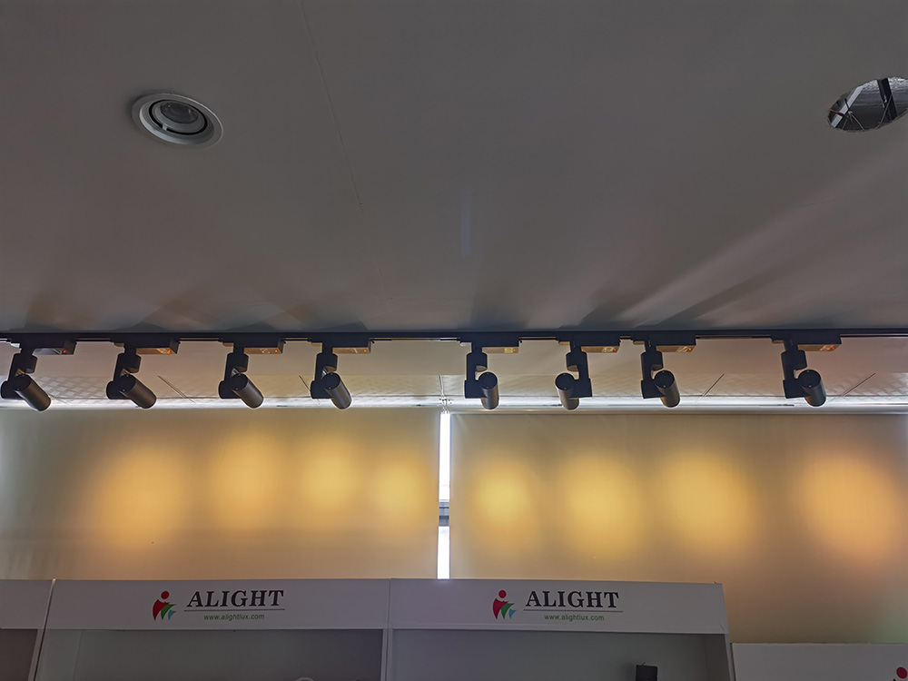New series of remote control lights